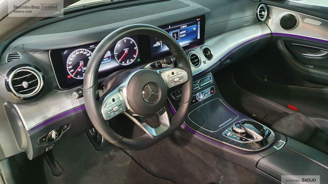 Mercedes-Benz_Škojo_4