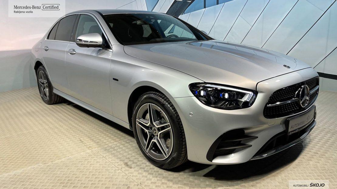 Mercedes-Benz_Škojo_5