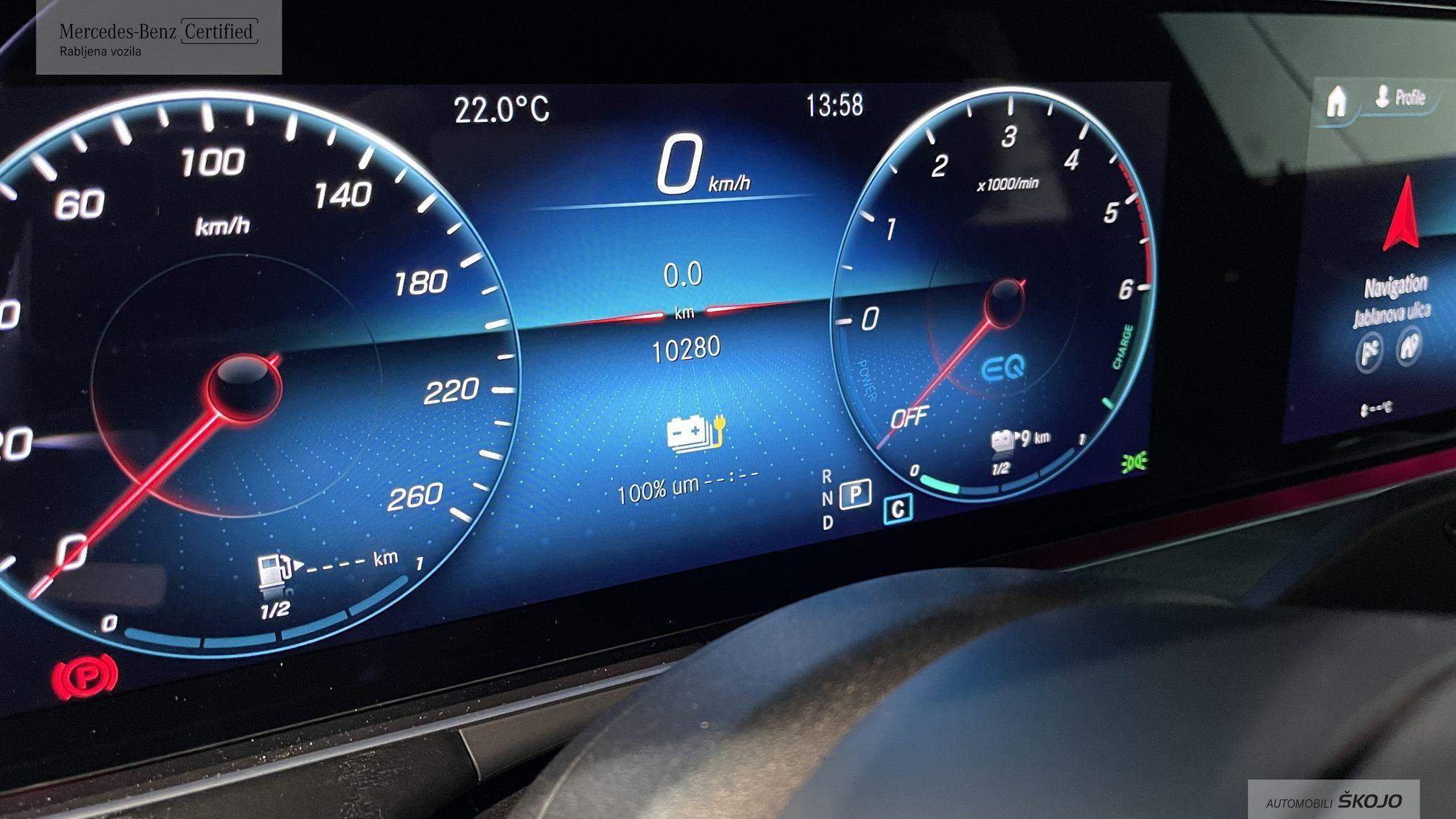 Mercedes-Benz_Škojo_15