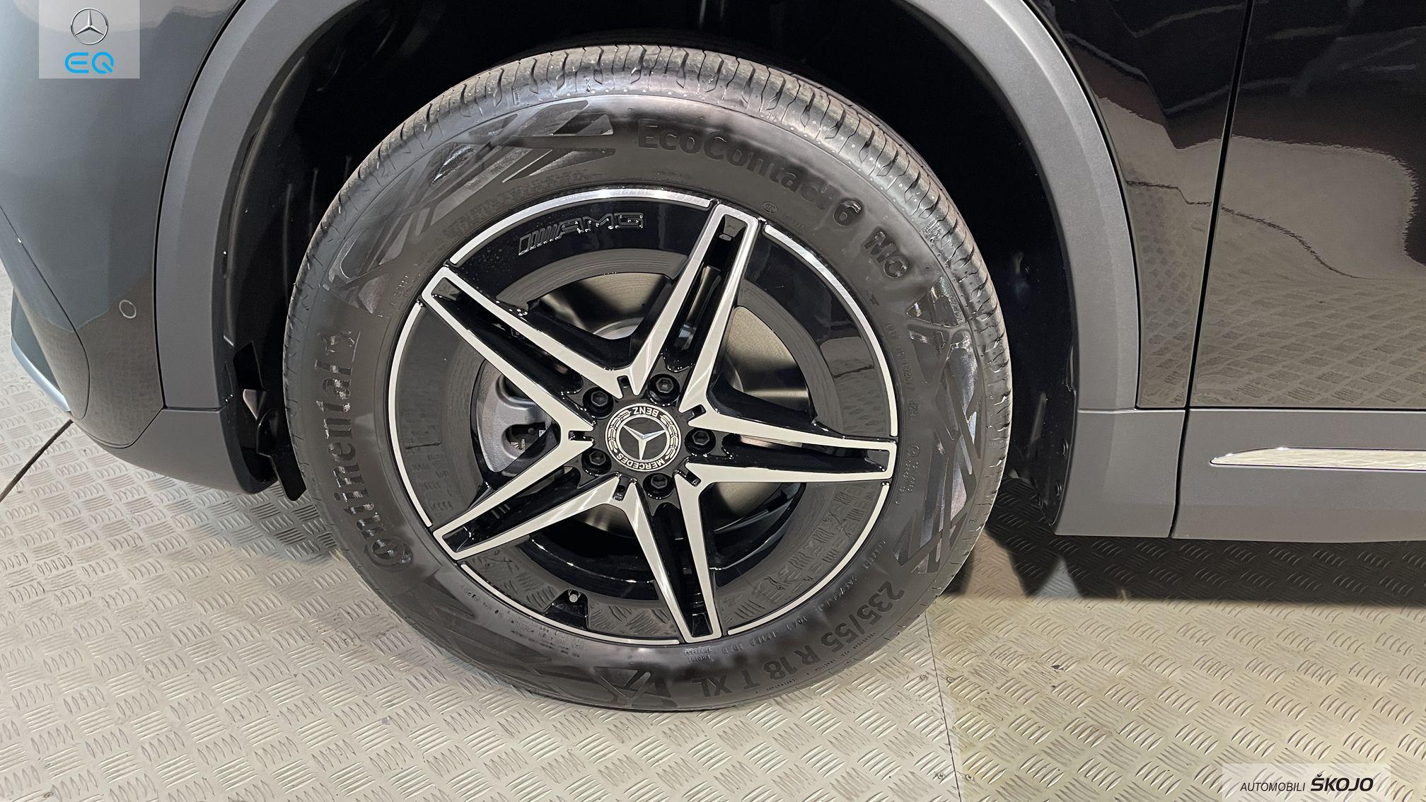 Mercedes-Benz_Škojo_18